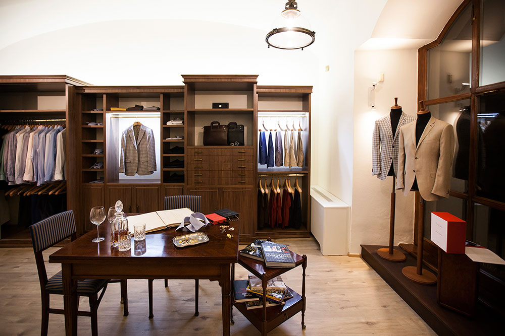 Showroom LeoMacenauer 1